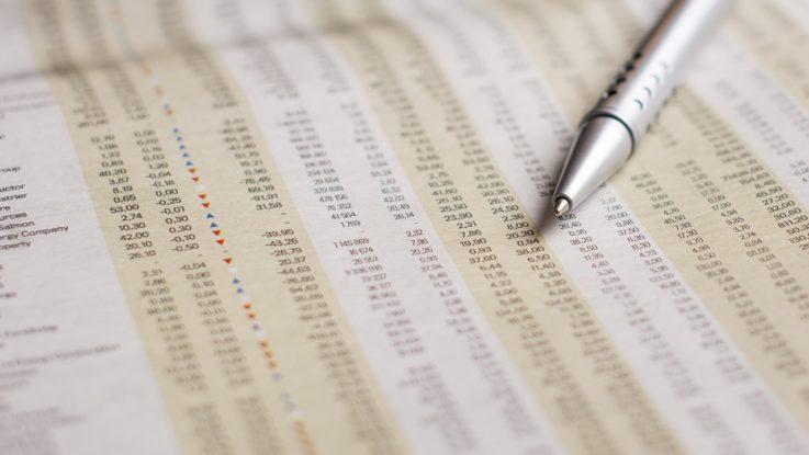 Liste von Aktien in einer Zeitung
