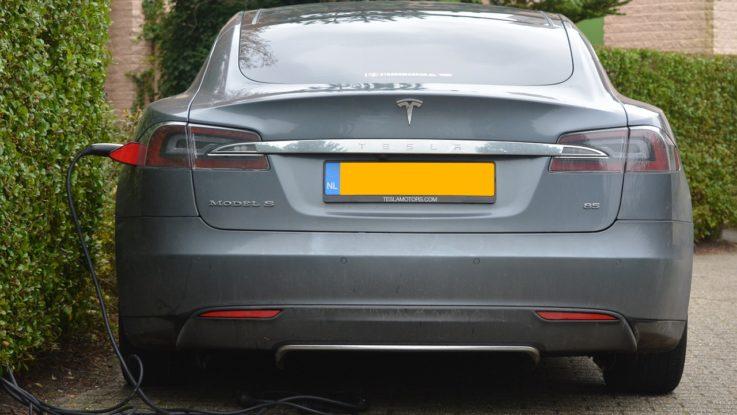 Tesla Aktien- eine gute Investition und welche Alternativen