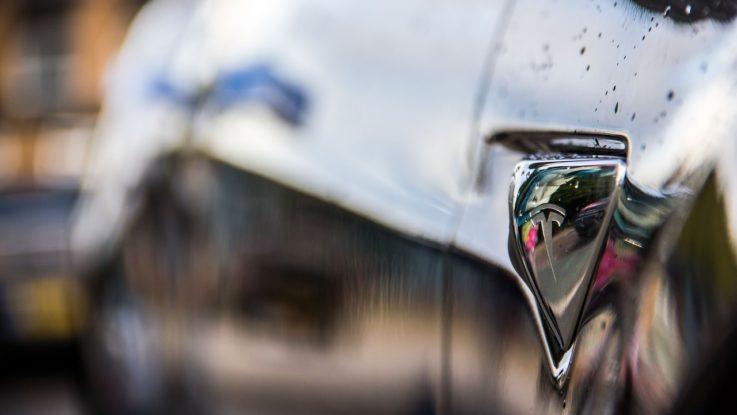Tesla muss sparen | Massenentlassung als Kostensenkung