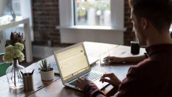 Jobs mit Zukunft gibt es im Büro und im handwerklichen Bereich