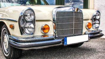 Daimler auf der Straße